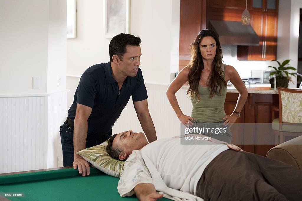 NOTICE -- 'You Can Run (Part Two)' Episode 618 -- Pictured: (l-r) <a gi-track='captionPersonalityLinkClicked' href=/galleries/search?phrase=Jeffrey+Donovan&family=editorial&specificpeople=767727 ng-click='$event.stopPropagation()'>Jeffrey Donovan</a> as Michael Westen, <a gi-track='captionPersonalityLinkClicked' href=/galleries/search?phrase=Bruce+Campbell&family=editorial&specificpeople=2001663 ng-click='$event.stopPropagation()'>Bruce Campbell</a> as Sam Axe, <a gi-track='captionPersonalityLinkClicked' href=/galleries/search?phrase=Gabrielle+Anwar&family=editorial&specificpeople=1139711 ng-click='$event.stopPropagation()'>Gabrielle Anwar</a> as Fiona Glenanne --