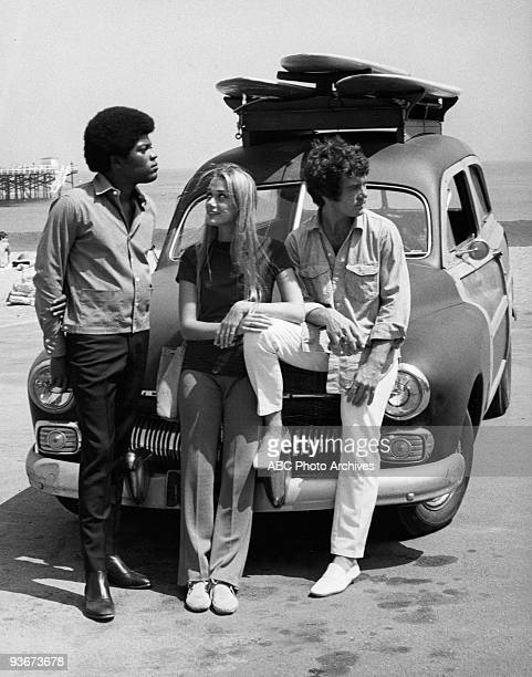 SQUAD 'You Can't Tell the Players Without a Programmer' 10/29/68 Clarence Williams III Peggy Lipton Michael Cole