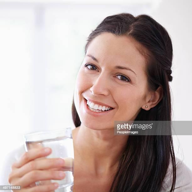 Du trinken solltest mindestens acht Gläser pro Tag!