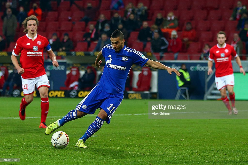 Younes Belhanda of FC Schalke 04 scores his team's first goal during the Bundesliga match between 1. FSV Mainz 05 and FC Schalke 04 at Coface Arena on February 12, 2016 in Mainz, Germany.