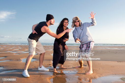 Young adults having fun : Photo