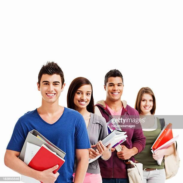 Giovani adulti con materiale scolastico isolato