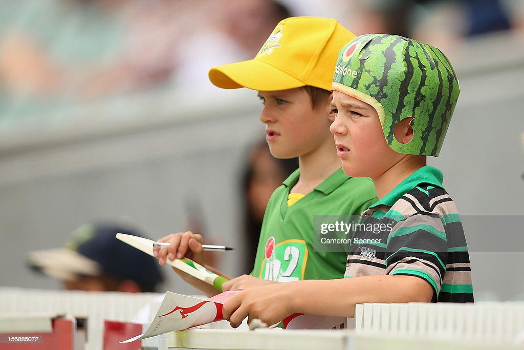 Young Australian supporters watch the action during day three of the Second Test Match between Australia and South Africa at Adelaide Oval on November 24, 2012 in Adelaide, Australia.