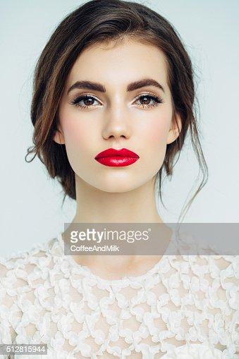 Joven hermosa mujer