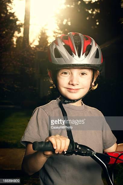 Junge Bicyclist