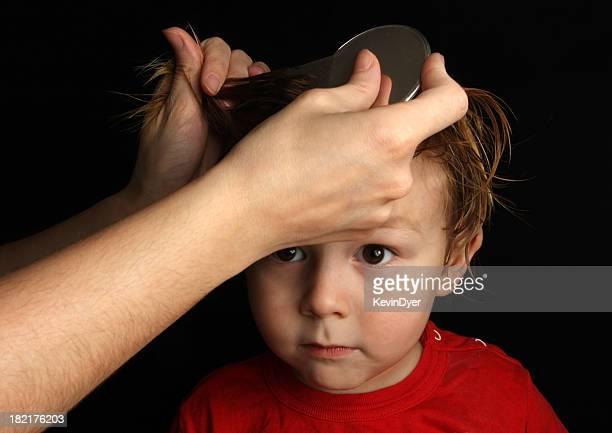 Piojo de la cabeza del tratamiento