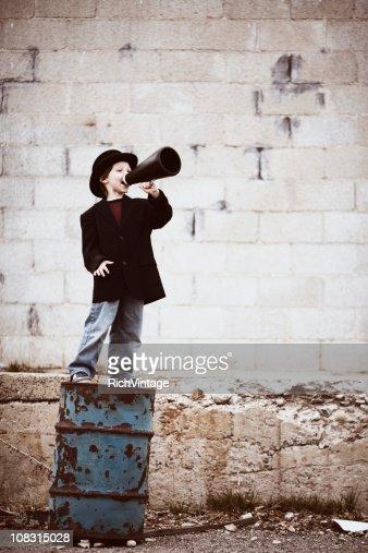 Young Boy セールスマン『メガホンまで : ストックフォト