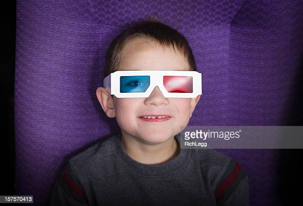 Junge mit 3D Brille