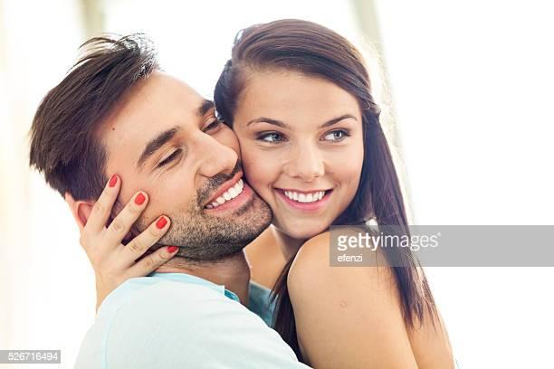Jeune Couple gai