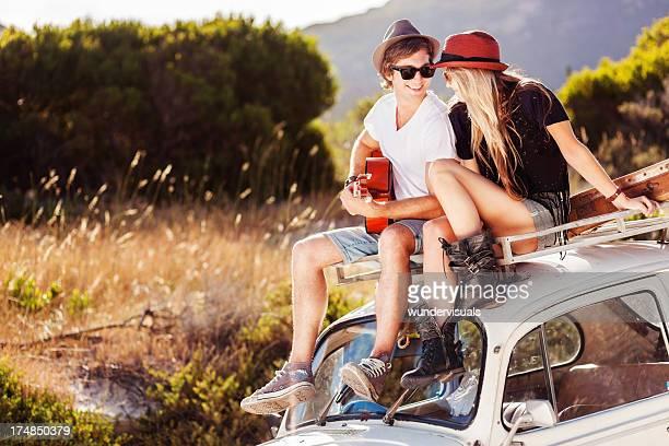 Junges Paar Genießen Sie Road Trip