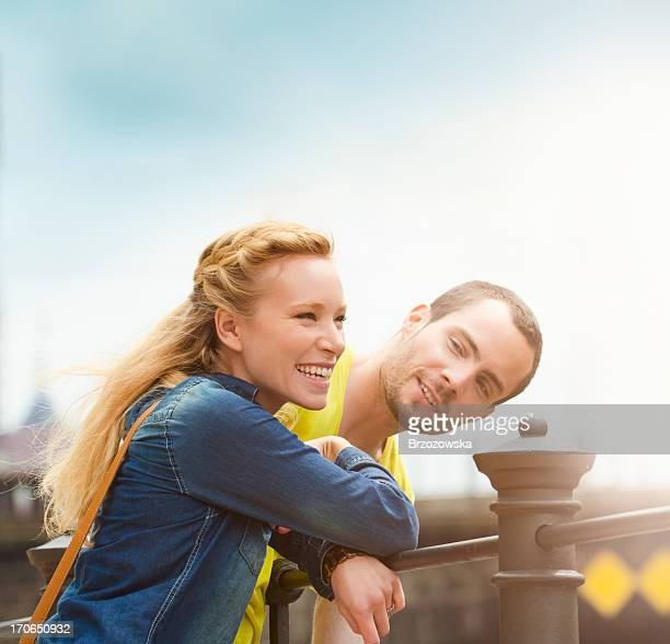 Junges Paar Lächeln