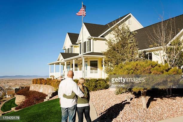 Casal Jovem com um sonho americano