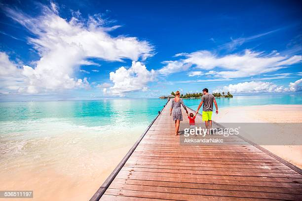Junge Familie auf Urlaub