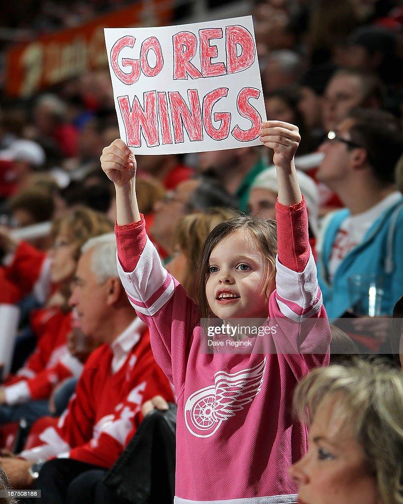 Nashville Predators v Detroit Red Wings | Getty Images