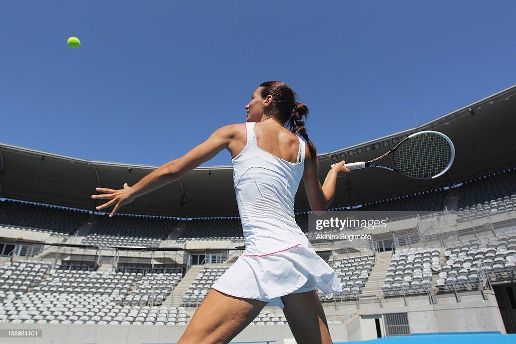 Idea and Women tennis players no panties