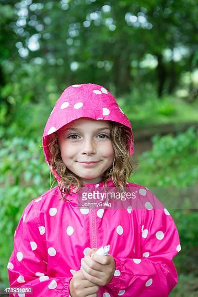 Joven chica de la lluvia