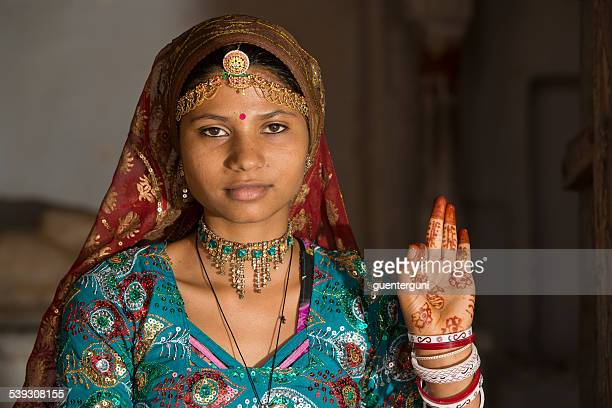 Young girl in traditional clothing, Rajasthan, India