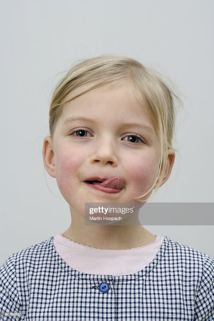 Girls lick other girls