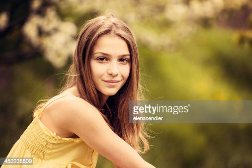 Young girl smilling : Stock Photo