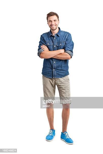 Junger gut aussehend Mann in jeans-shirt