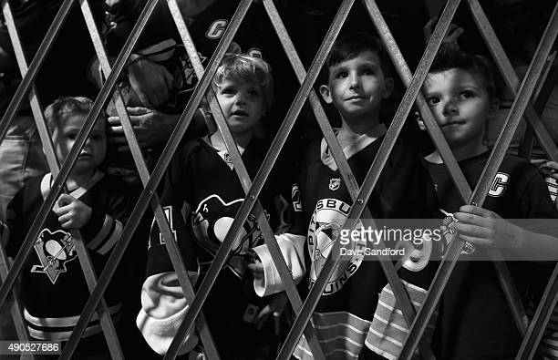 Young hockey fans wait to greet the players before practice for the NHL Kraft Hockeyville USA preseason game between the Tampa Bay Lightning and the...