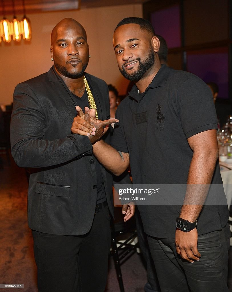<a gi-track='captionPersonalityLinkClicked' href=/galleries/search?phrase=Young+Jeezy&family=editorial&specificpeople=537540 ng-click='$event.stopPropagation()'>Young Jeezy</a> and Byron Wright attend Jeezy's birthday extravaganza at Reign Nightclub on September 28, 2012 in Atlanta, Georgia.