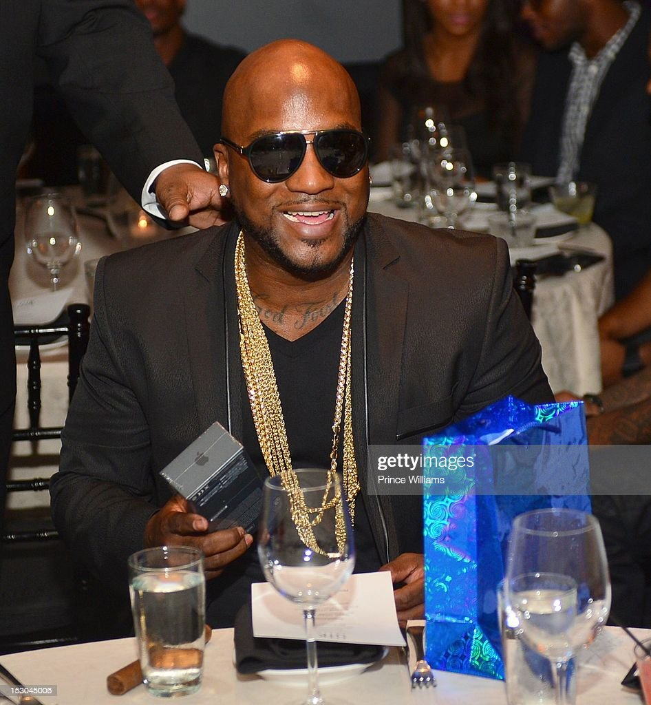 <a gi-track='captionPersonalityLinkClicked' href=/galleries/search?phrase=Young+Jeezy&family=editorial&specificpeople=537540 ng-click='$event.stopPropagation()'>Young Jeezy</a> attends Jeezy's birthday extravaganza at Reign Nightclub on September 28, 2012 in Atlanta, Georgia.