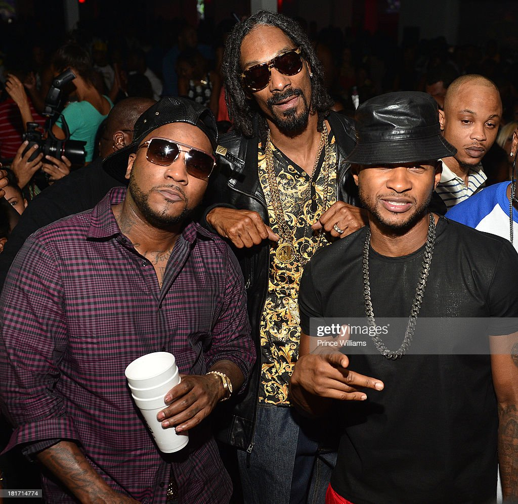 Young Jeezy Snoop Lion and Usher attend party at Compound on September 14 2013 in Atlanta Georgia