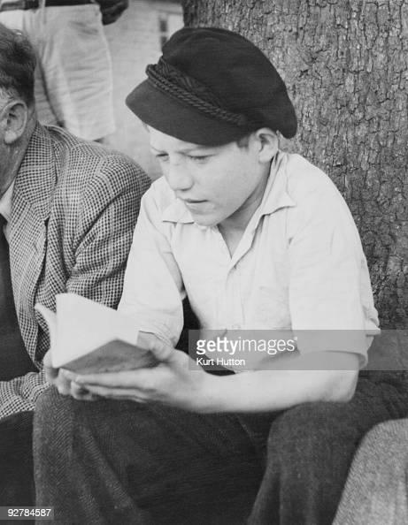Jewish teen boys