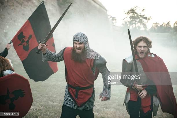 Jungen Führer Ritter in den Kampf