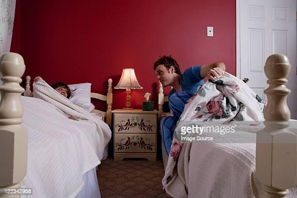einzelbett stock fotos und bilder getty images. Black Bedroom Furniture Sets. Home Design Ideas