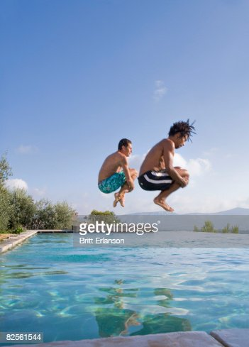 Cannonball Diving Stock Photos And Pictures Getty Images