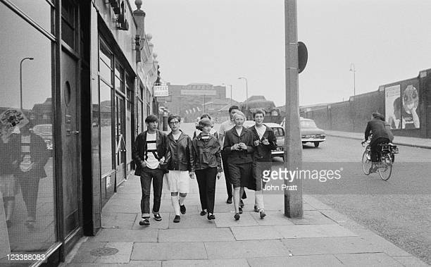Young Mods in London 1964