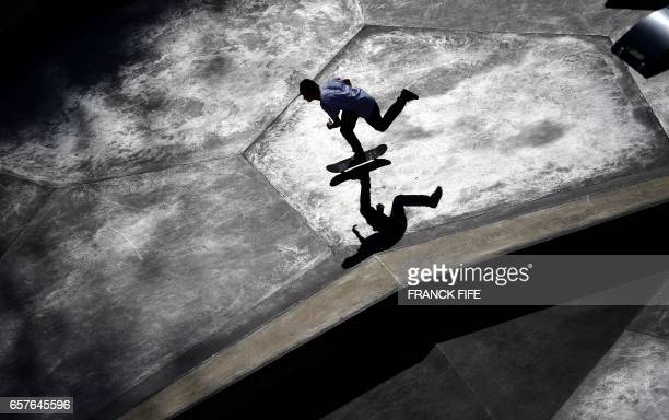 TOPSHOT Young people practices skateboarding in a skatepark on March 25 2017 in Lxembourg / AFP PHOTO / FRANCK FIFE