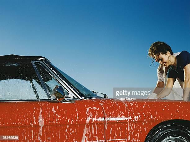 Junge Menschen Waschen Auto