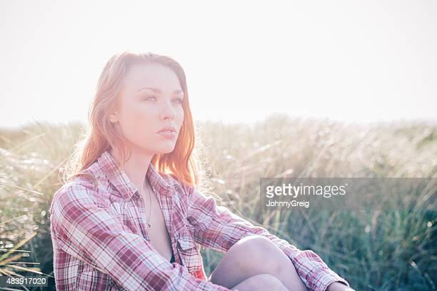 portrait de jeune femme Cheveux roux ambiance