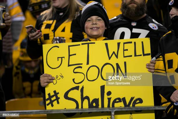 A young Steelers fan holds a sign supporting Pittsburgh Steelers Linebacker Ryan Shazier during the game between the Baltimore Ravens and the...