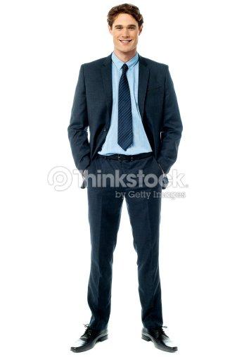 若いスタイリッシュな笑顔 sales executive ストックフォト thinkstock
