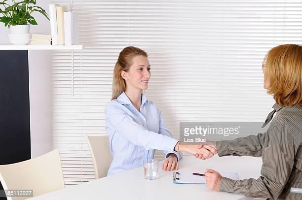 Junge Frau und Psychiatrist