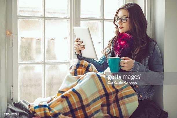 Mulher jovem em Casa
