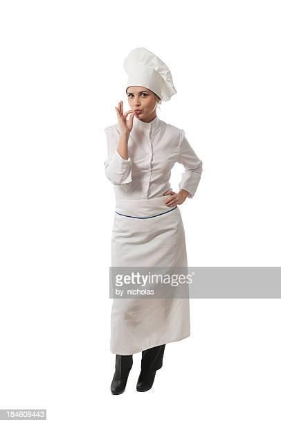 Jeune femme chef de cuisine, isolé sur blanc