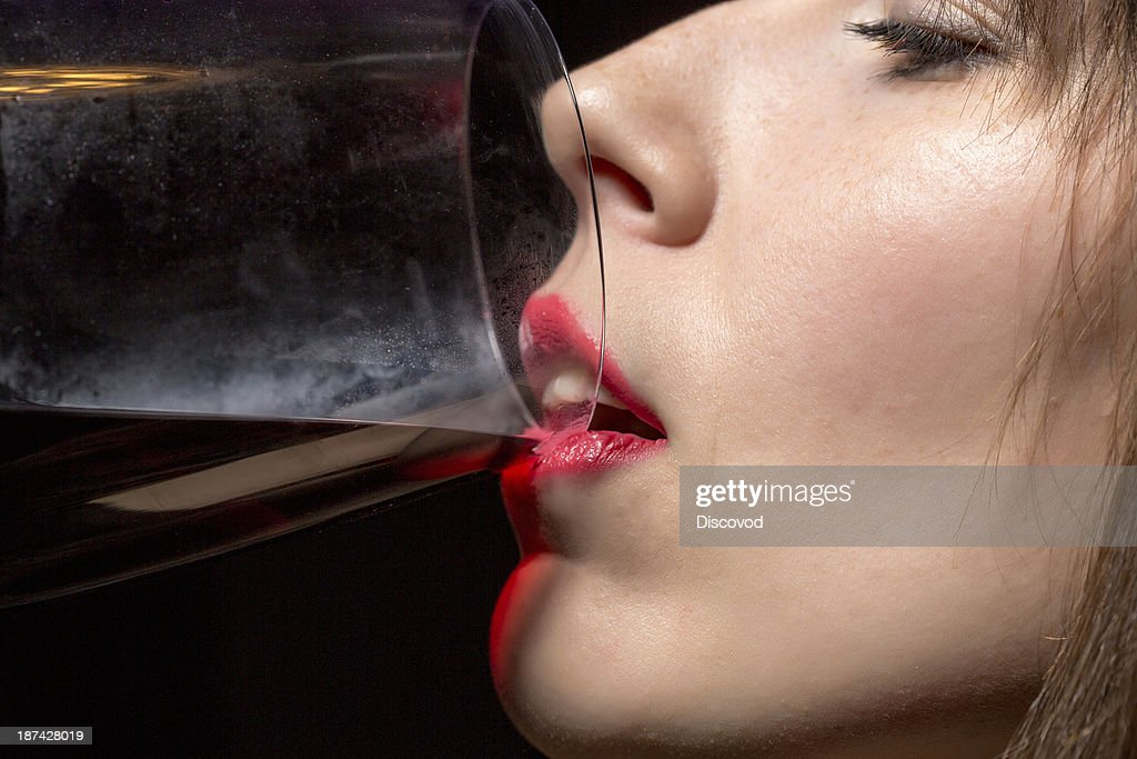 Trophy girl drinks cum from glass