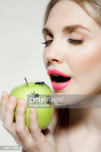 woman sex with fruit