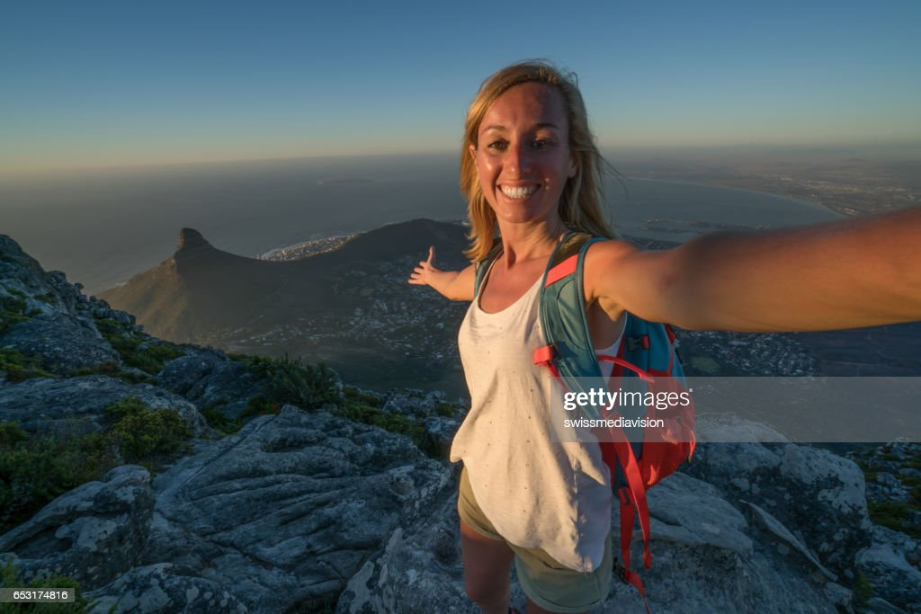 Young woman in Cape Town taking selfie portrait : Stock-Foto