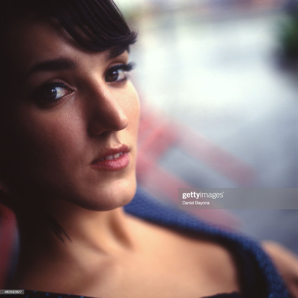 Young woman portrait : Stock Photo
