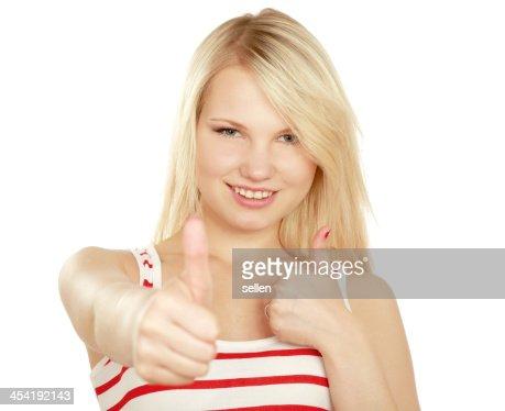 Jovem mulher mostrando ok : Foto de stock