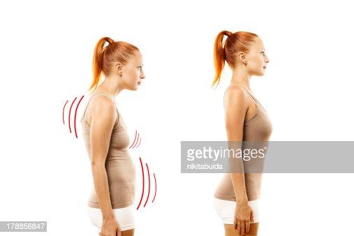 Mujer joven con la posición ideal y rodamientos defecto : Foto de stock