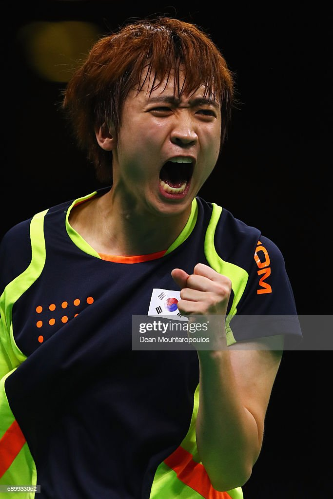 Youngsik Jeoung of Korea celebrates against Jike Zhang of China during the Men's Team Semifinal Badminton on Day 10 of the Rio 2016 Olympic Games at Riocentro - Pavilion 3 on August 15, 2016 in Rio de Janeiro, Brazil.