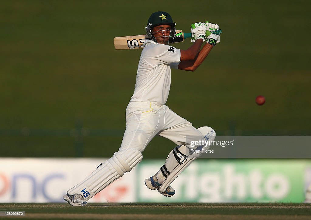 <a gi-track='captionPersonalityLinkClicked' href=/galleries/search?phrase=Younis+Khan&family=editorial&specificpeople=585162 ng-click='$event.stopPropagation()'>Younis Khan</a> of Pakistan bats during Day One of the Second Test at Sheikh Zayed Stadium on October 30, 2014 in Abu Dhabi, United Arab Emirates.
