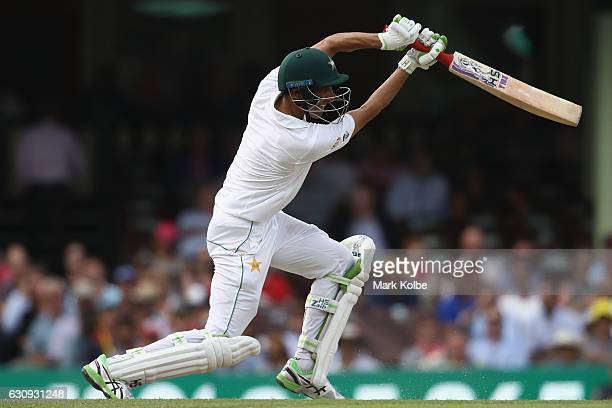 Younis Khan of Pakistan bats during day two of the Third Test match between Australia and Pakistan at Sydney Cricket Ground on January 4 2017 in...